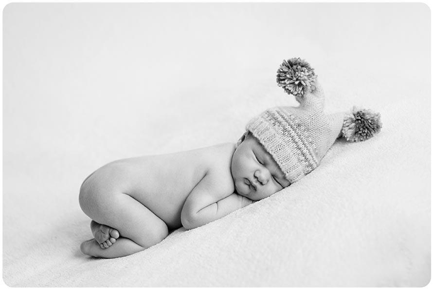 6 Days New | 300 mile road trip Newborn Photographer
